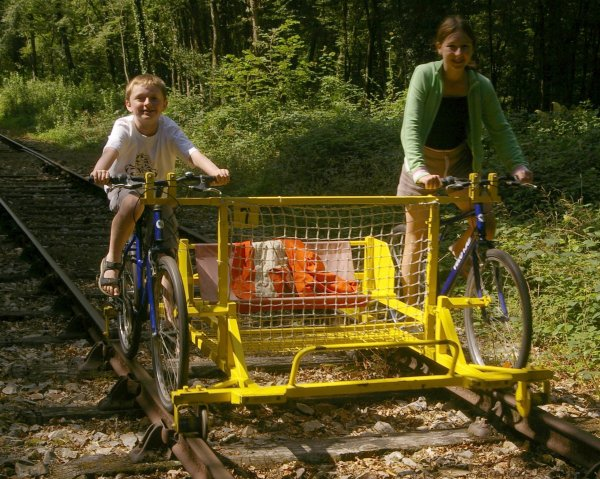 The kids on a velo-rail