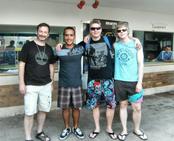 Qualified Divers - Me, Ahmed (instructor), Garry and Janne - Who's got the whitest legs?
